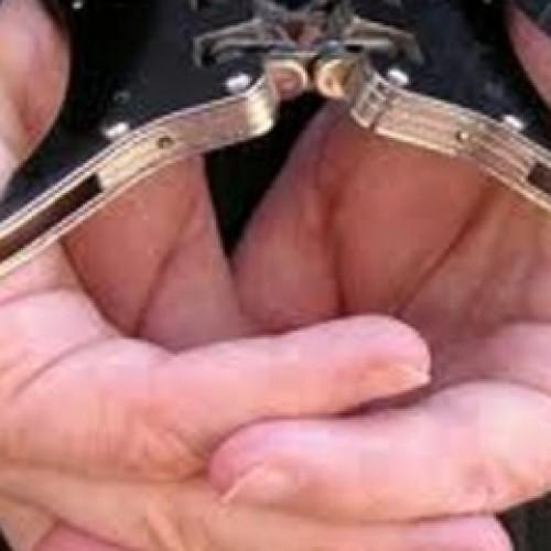 За взятку в размере $15 тысяч был задержан сотрудник департамента госдоходов Актюбинской области