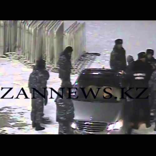 В Кокшетау чиновник избил полицейского