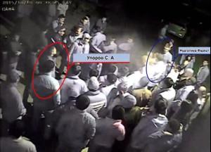 """фото - стоп-кадр из видеозаписи драки возле риддерского кафе """"Бавария"""""""
