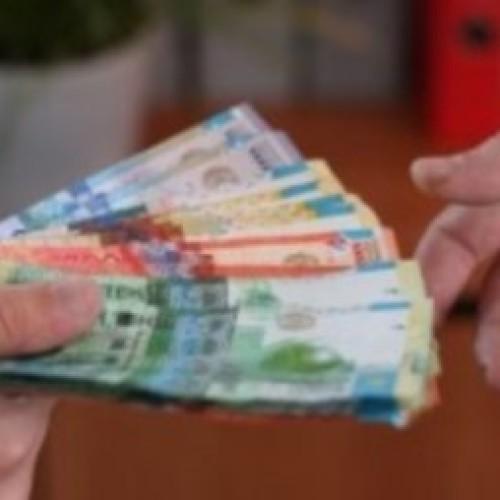 Начальник депо получил 300 тысяч тенге от машиниста за трудоустройство