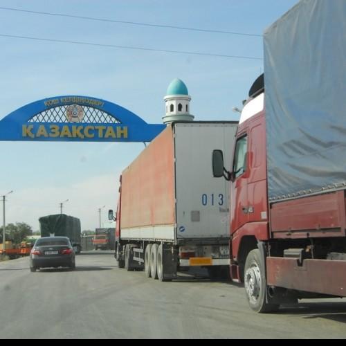 В Астане задержаны двое бывших высокопоставленных таможенников