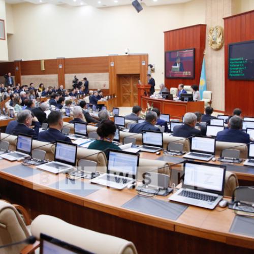 Поведение мажилисмена Тиникеева рассмотрят на Совете по депутатской этике