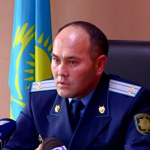 Семерых районных акимов ЮКО отпустили под залог