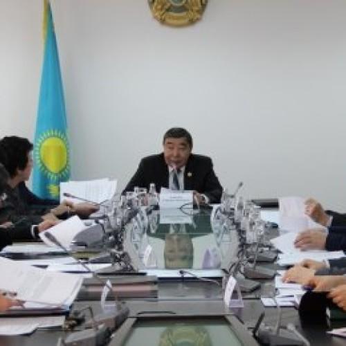 В Общественном совете по вопросам деятельности органов по делам госслужбы и противодействию коррупции обсудили Послание Президента