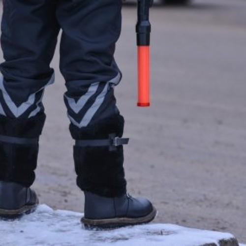 За дачу взятки полицейским задержан водитель в Туркестанской области