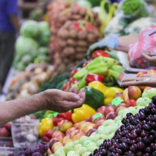Определен список продуктов, на которые будут сдерживать цены в Казахстане