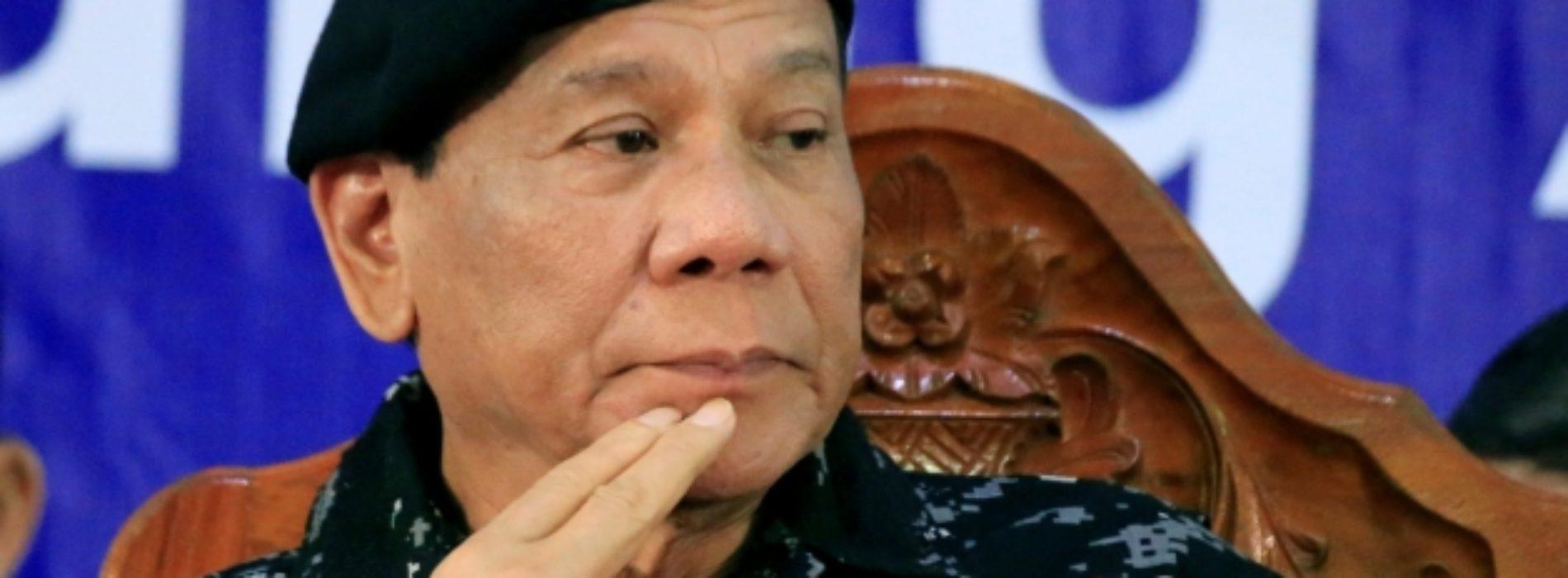 Стреляйте в ноги — президент Филиппин рассказал, как наказать коррупционеров