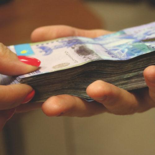 1,4 миллиона тенге просил за трудоустройство в иностранной компании житель ЗКО