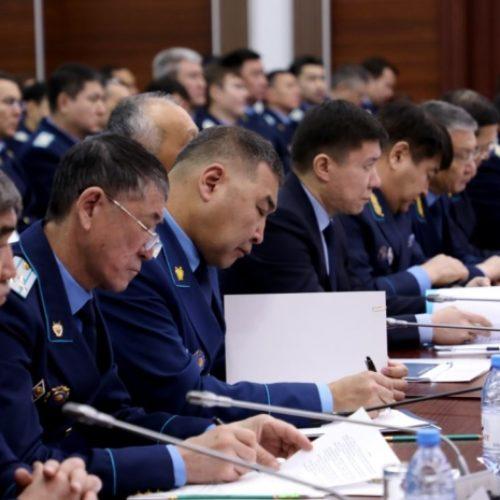 30 тысяч казахстанцев получили зарплаты благодаря прокурорам