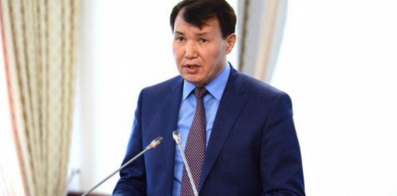 Шпекбаев предложил наказывать топ-менеджеров банков, как госслужащих