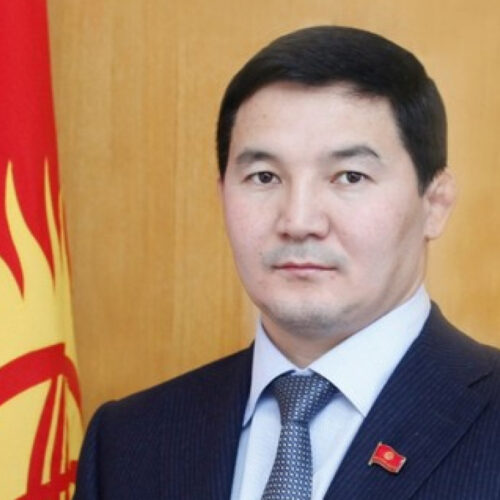 Осужденного в Казахстане кыргызского депутата выпустили по УДО