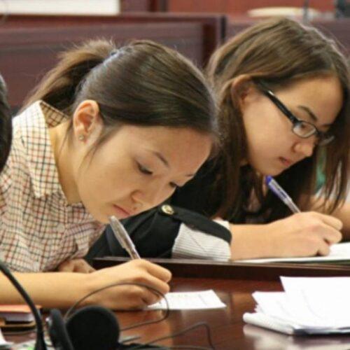 Сенатор о системе высшего образования: 10 млрд тенге тратятся впустую