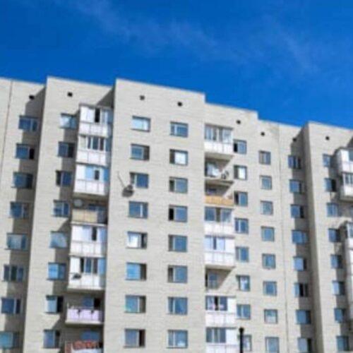 В Жезказгане из-за ошибки акимата девять семей бюджетников выселяют из квартир